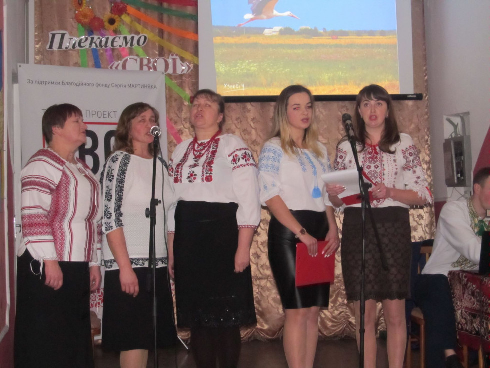 Вокальна група працівників школи