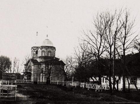 Церква в Павловичах збудована 1877 року