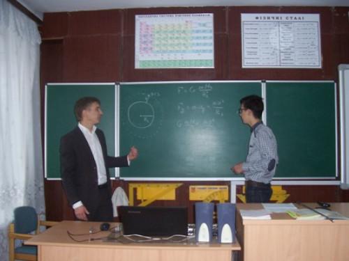 Вчитель гімназії у Локачах Віктор Никитюк