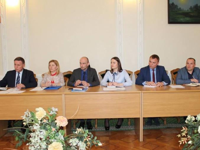 Олександр Савченко організував нараду із забезпечення прав і свободземлевласників та землекористувачів