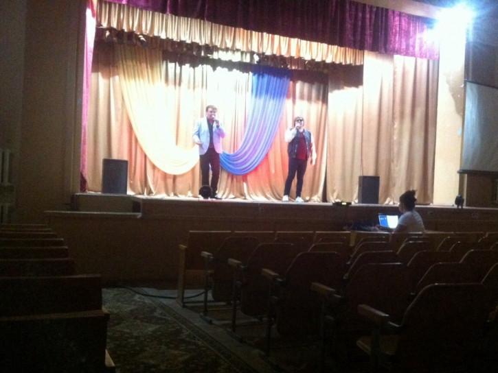Концерт Ганзери - Зайченка пройшов в майже порожній залі