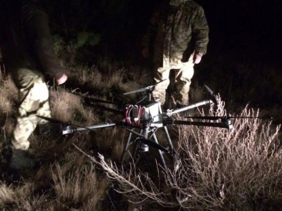 Контрабандисти дроном переправляли цигарки через кордон з Польщею