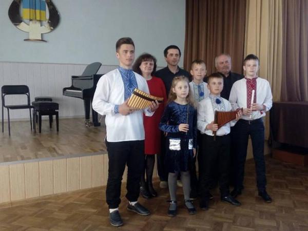 Учні представили район на обласному конкурсі