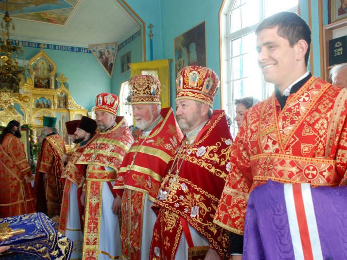 Єпископ Нафанаїл відвідав Свято-Успенську парафію села Старий Загорів