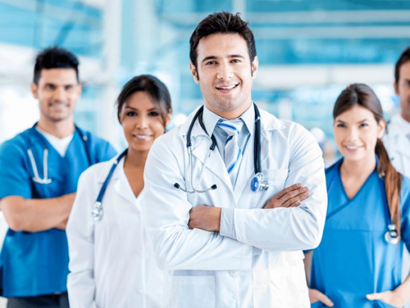 Молоді лікарі