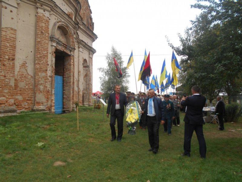У Новому Загорові пройшов фестиваль повстанської пісні