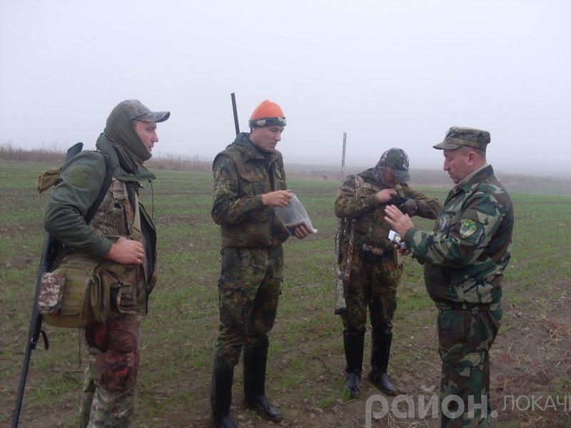 З 4 листопада мисливцям можна відстрілювати зайців та лисів