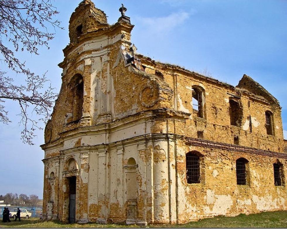 Монастир у Загорові сьогодні. Фото: mr-brut.livejournal.com