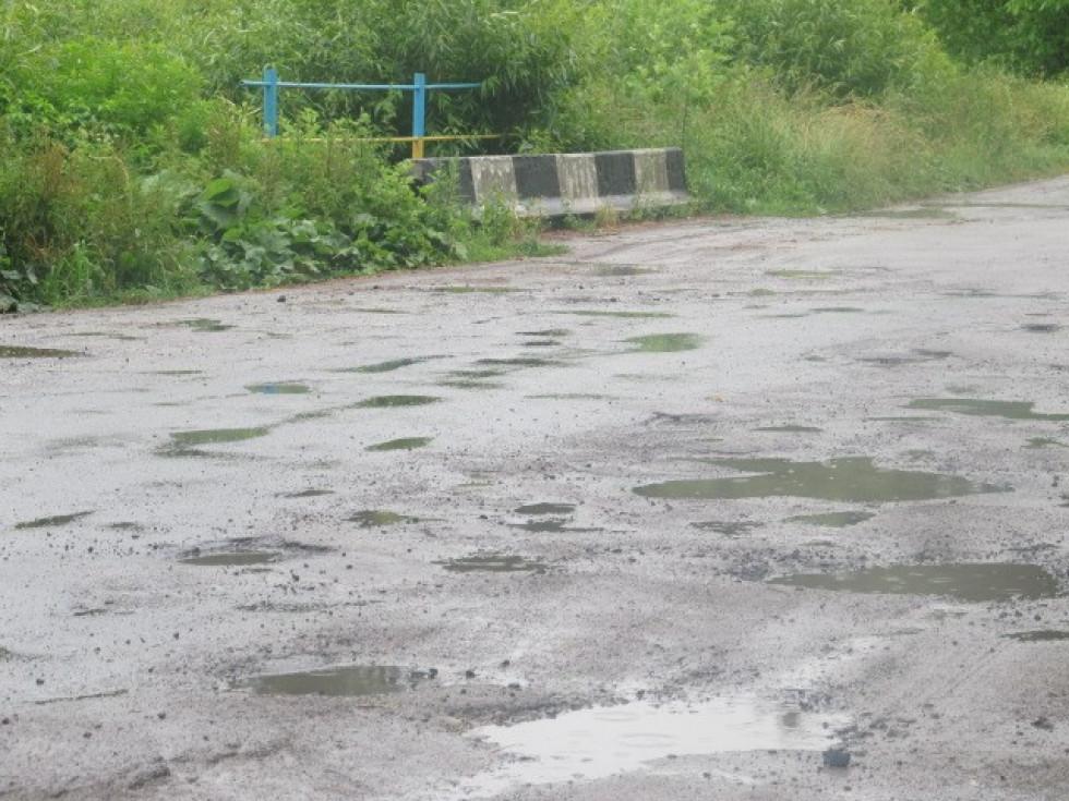 Дорога потребує ремонту