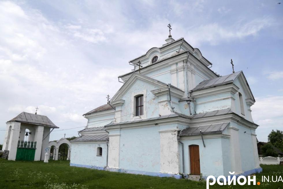 Свято-Михайлівська церква у селі Кисилин